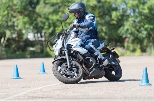 Motorrijbewijspoint Hoogvliet motor rijtest