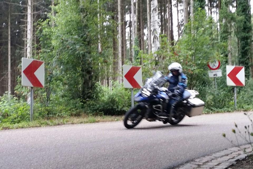 Motorrijbewijspoint Hoogvliet motorrijbewijs binnen 1 week
