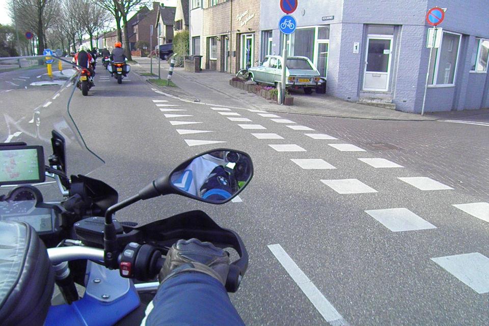 Motorrijbewijspoint Hoogvliet theorie cursus online